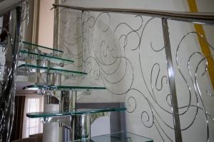 Cтеклянная лестница на второй этаж Ростов-на-Дону